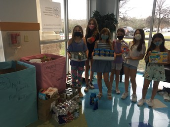 """Serene Hills Elementary students making a difference with """"Full Tummies, Full Hearts"""" project"""