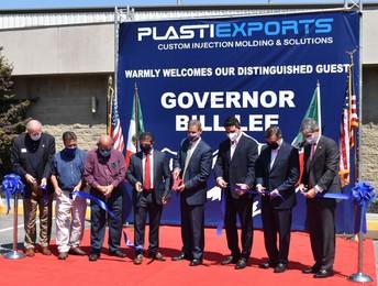 Lee celebrates PlastiExports' Erwin facility