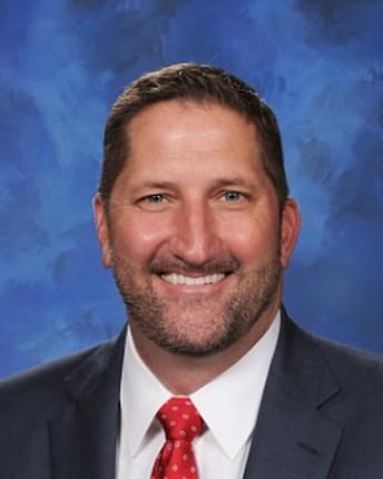 El superintendente Dr. Jeff Burke reflexiona sobre el año escolar 2019-2020