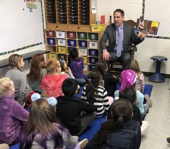 Dr. Schmidt visits 3rd grade