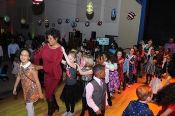 Wyncote Hosts Sweet Treat Ball