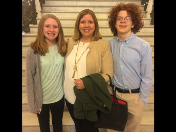 Shannon, Maureen & Josh at the IL Capitol Building