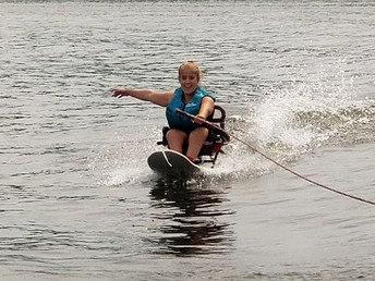 Clemons Competes With Missouri Disabled Water Ski Association