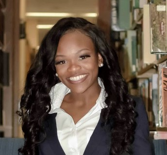 Meet WMS Teacher of the month:  S. Davis