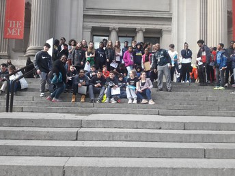 8th graders at the Met!