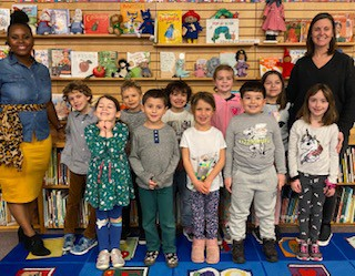 Individual Read-a-thon Winners with Mrs. Horn and Mrs. Swyberius