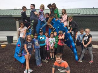 4th Graders at Recess