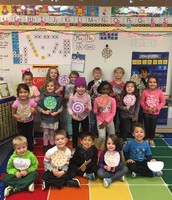 Ms. Elting's class practicing patterns...on lollipops!