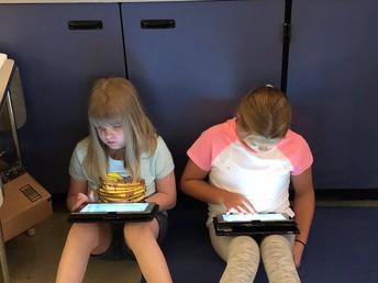 Digital Literacy Experts