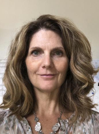 Dr. Jennifer Mitton-Kükner