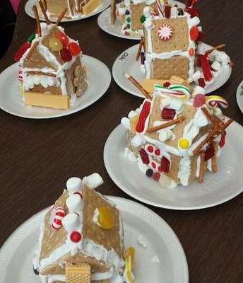 1st Grade Gingerbread Houses