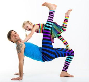 Friday, November 22nd, 7:15-7:45 a.m.: Free Family Yoga!