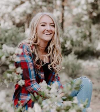 Grad Spotlight: Gracie Neely