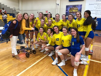 Volleyball Clinches District Title
