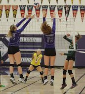 Trojan Volleyball Extends Streak
