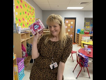 Ms. Kelly, Prize Winner!