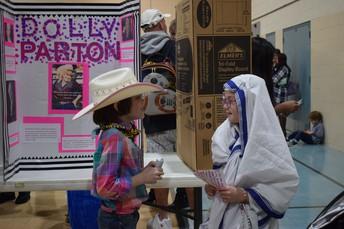 Dolly Parton chatting with Saint Teresa