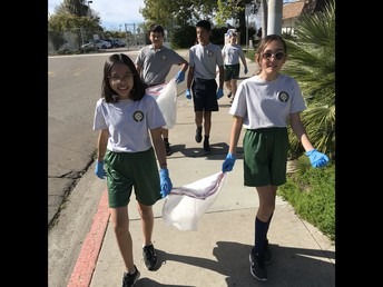 Middle School Community Clean Up!