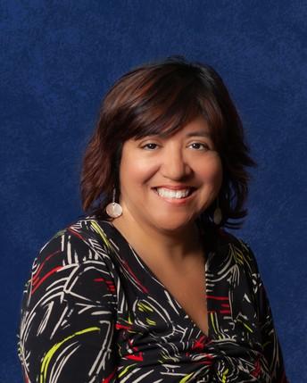 Woodlake Hills Middle School Librarian, Rosalinda Adame-Moylan