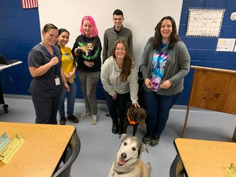 CFAAT Vet Technician Students Bring their Pets to Class