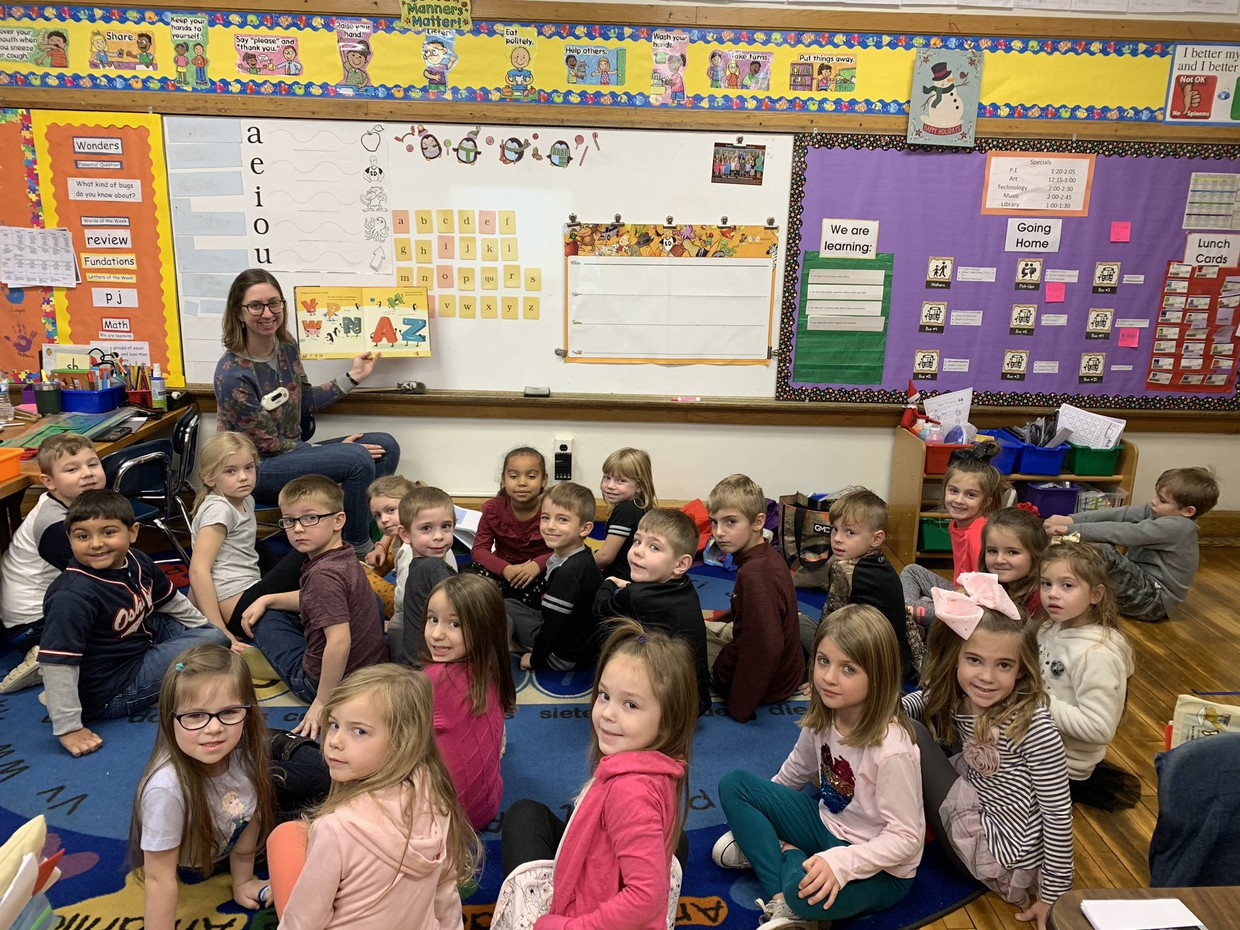 Mrs. Rebecca Klembara, long-term Kindergarten sub. at Park Elementary from August 2019 - December 2019 with her students.