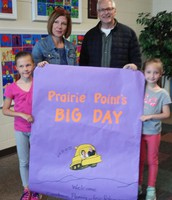 Students welcome Candace and Eric to Prairie Point