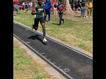 Triple Jump junior Kamau Richardson