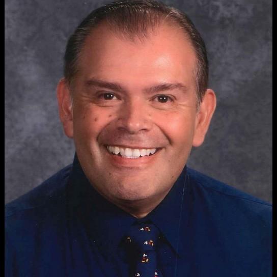 Robert Estrada profile pic
